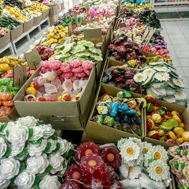 Девочки и мальчики, и все это для вас!Мыло из Тайланда в наличии в огромном объеме и на любой вкус.#манго #ананас #кокос #мангустин #дуриан #виноградМы находимся в Красноярске, полный ассортимент на нашем сайте.Заявки принимаем в директ.#sabaishop #like #krasnoyarsk #девочки #аромат #мыло #ручнаяработа #handmade #сабайшопкрасноярск #сабайшоп #repost #insta #instagramm #планета